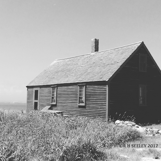 photo of the historic Haley House on Smuttynose Island