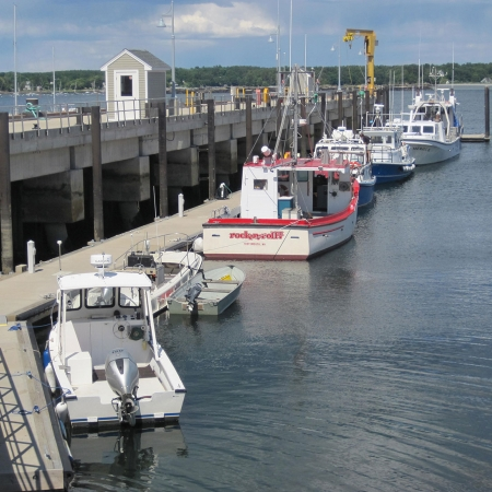 Judd Gregg Marine Research Complex - Upper and lower piers